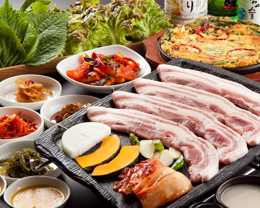 今さら聞けない?サムギョプサルの美味しい食べ方ご紹介します♪のサムネイル画像