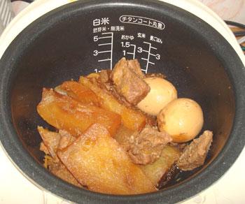 炊飯器で料理を作るのは常識!? 簡単に美味しく作れる炊飯器料理法のサムネイル画像