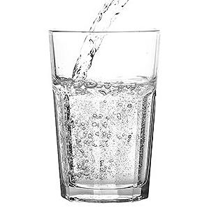 美肌に健康に毎日飲みたい炭酸水は手作りで!簡単・炭酸水の作り方のサムネイル画像