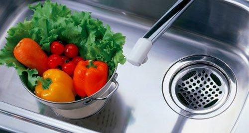 今TVなどで話題の配水管の掃除道具3つを詳しく紹介します。のサムネイル画像