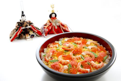ひな祭りにちらし寿司を食べるのはなぜ?その由来は?調べてみよう!のサムネイル画像