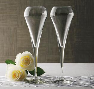 ペアで揃えたい魅惑の輝き!宝石のようなグラスのブランドまとめのサムネイル画像